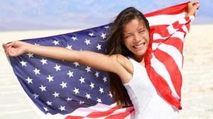 なぜアメリカ人の歯は白いのか?日本と欧米に見るホワイトニング習慣アイキャッチ