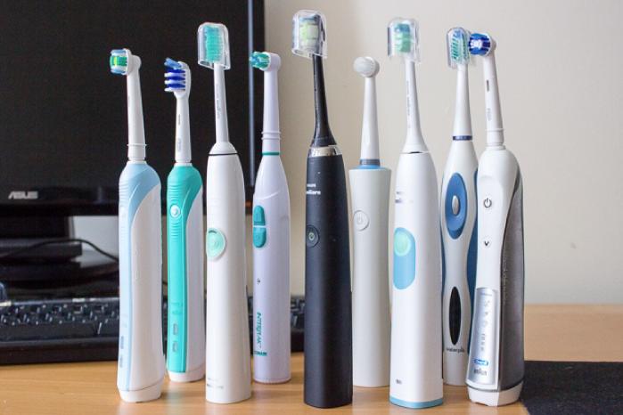 電動歯ブラシをプレゼントする