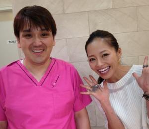 小森純が歯のホワイトニングをしてる歯医者